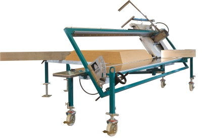 Saw for insulation material