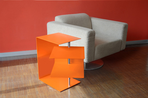iglidur G in a designer side table