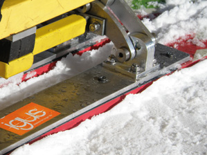 Ski seat for the disabled_02