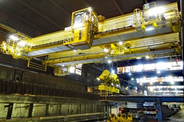 Rolling energy supply in bridge crane